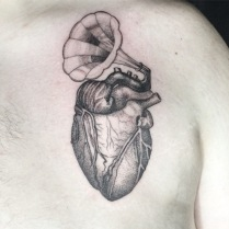 Heart stippling / dotwork tattoo